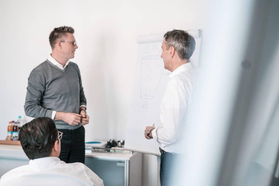 Meeting zum Thema Lifecycle Management in der Unternehmensberatung